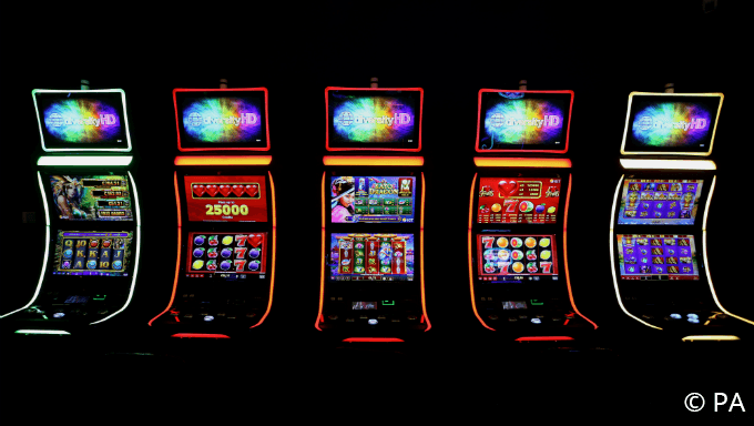 8 Helpful Tips for Playing Slot Machines